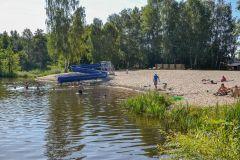 nad_jeziorem-1